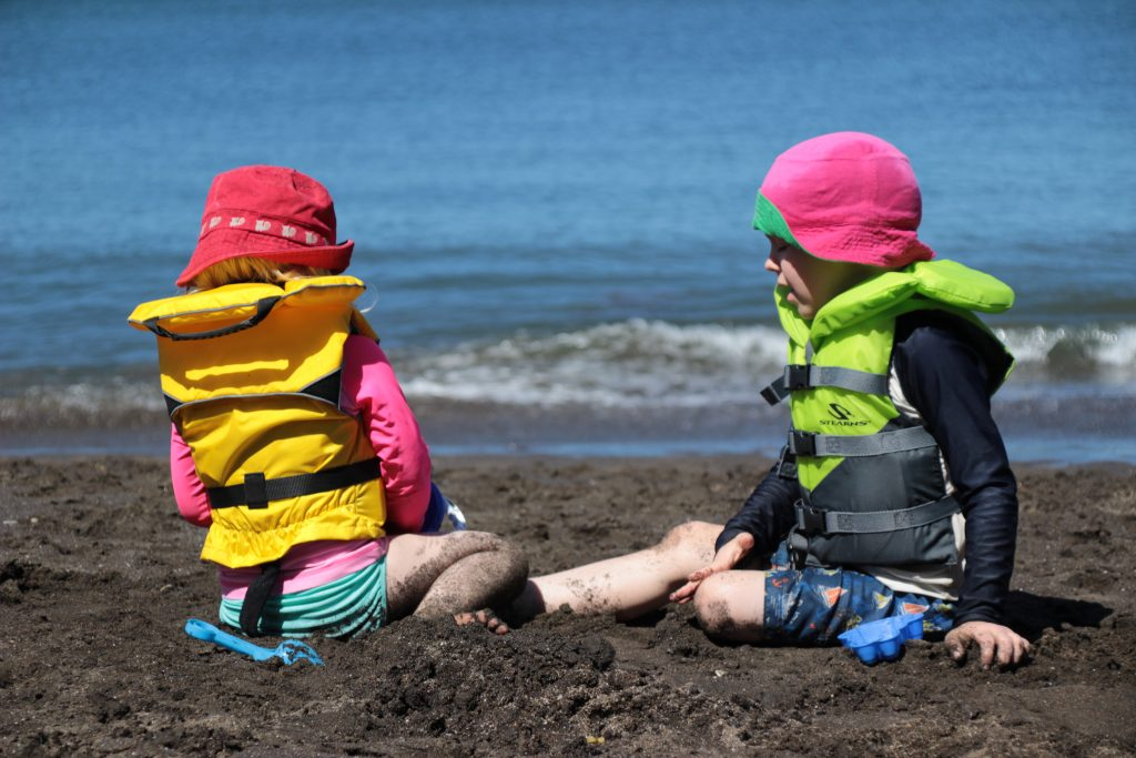 Differences Between a Lifejacket and Swim Vest